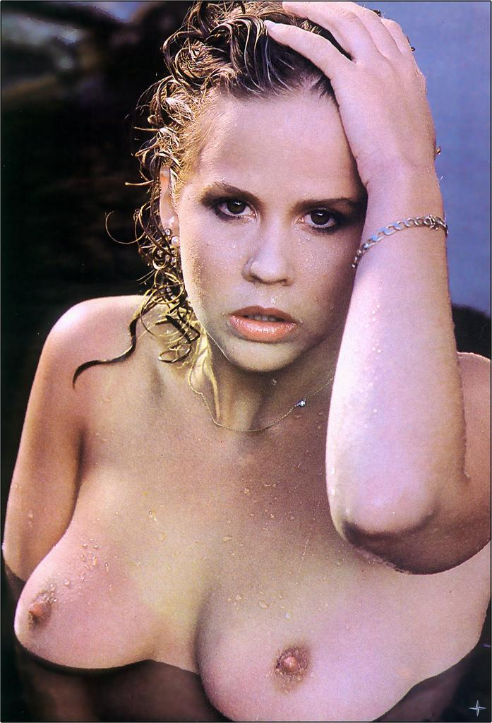 linda blair nude pictures